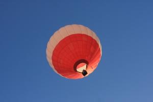 hot-air-balloon-1262623-m